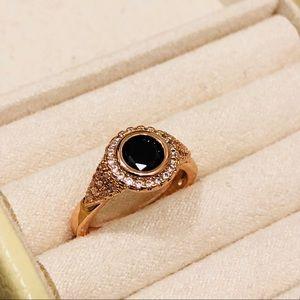 NWOT Rose Gold & Black Jewel Fashion Ring